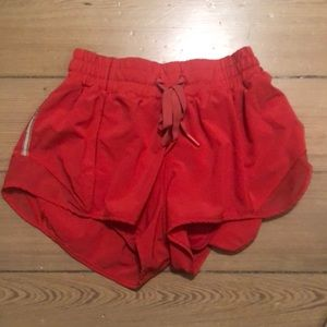 hot pink size 4 hotty hot lululemon shorts